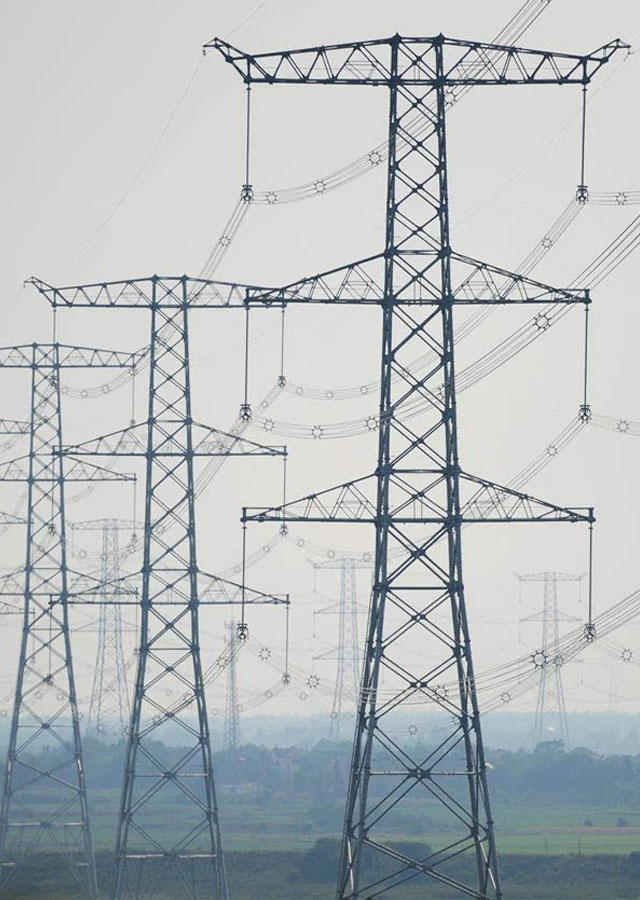 1100KV-Transmission-Line-Towers-from-Xinjiang-to-Anhui